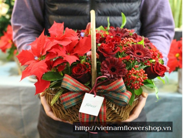 Christmas arrangement delivery to Vietnam